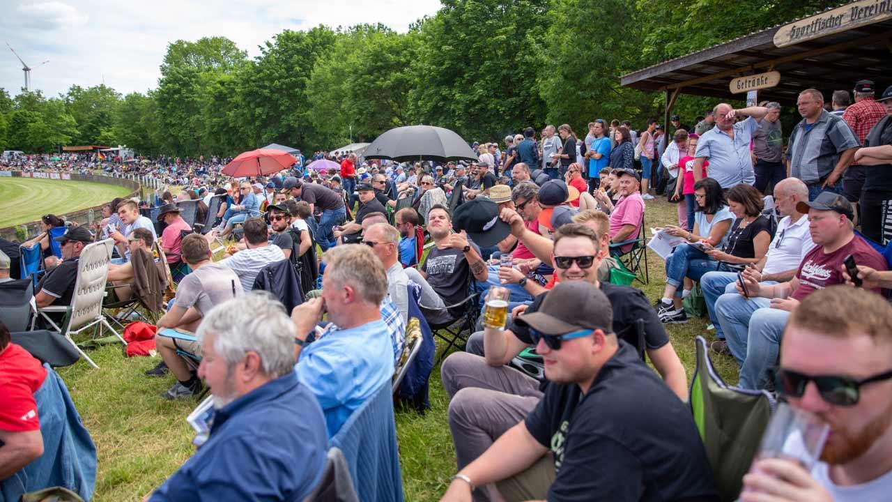 Fans des MSC Berghaupten in der Startkurve in Herxheim